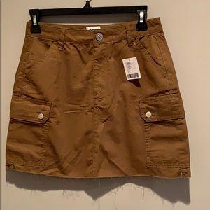 BDG Khaki Cargo Skirt NWT